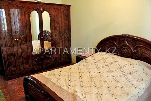 Трехкомнатная квартира посуточно, 7 мкр, Актау