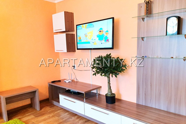 2-room apartment for daily rent in Ust-Kamenogorsk