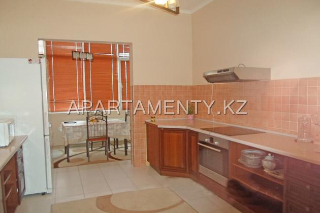 3-bedroom apartment daily