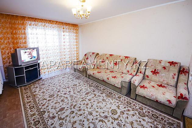 3-room apartment for daily rent, 53 kairbekova str