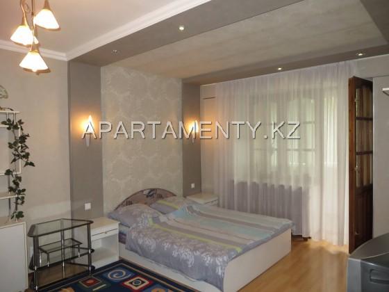 2-комнатная на Жамбыла–Кунаева