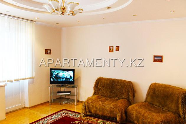 Посуточно однокомнатная квартира в Алматы