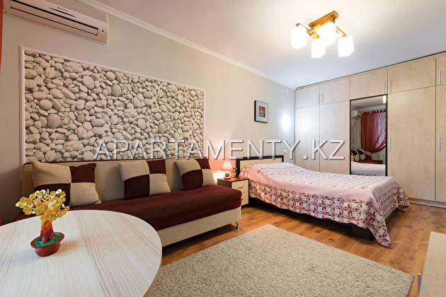 1-room apartment for daily rent, Abaya str., 59