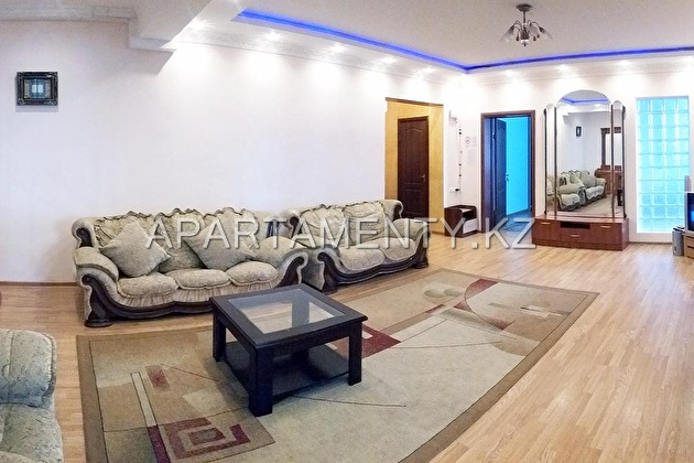 4-bedroom apartment daily