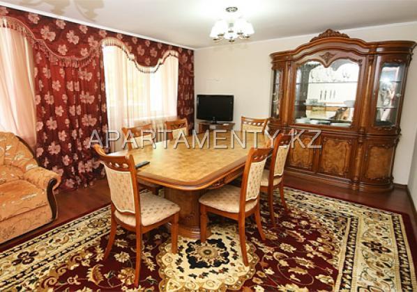 Single-berth luxe room