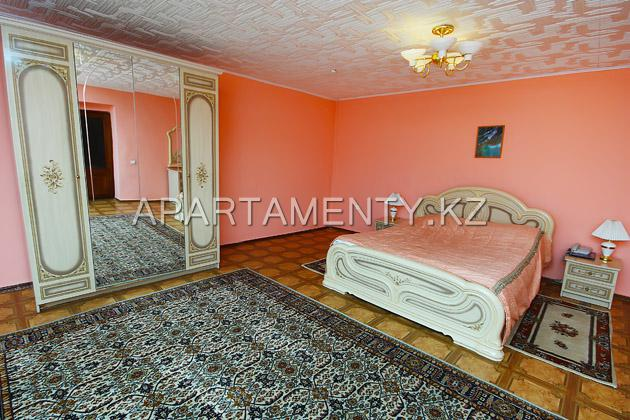 two-room VIP