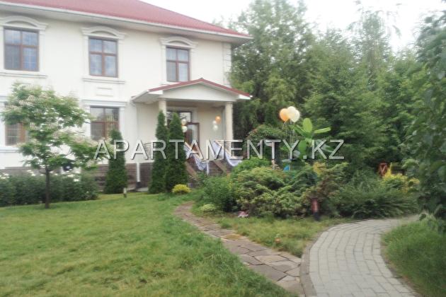 Guest Complex Kazyna