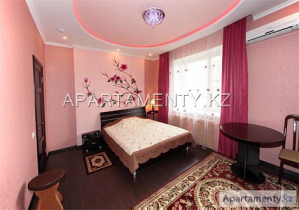 """Semi-luxe room, """"Zhamilya"""" hotel"""