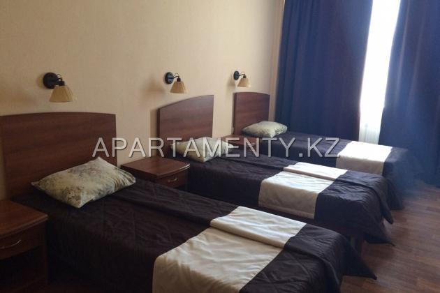 3-bed economy room