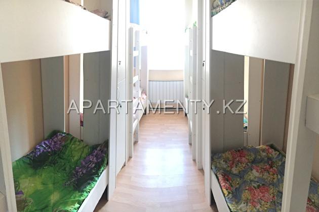 8 berth room