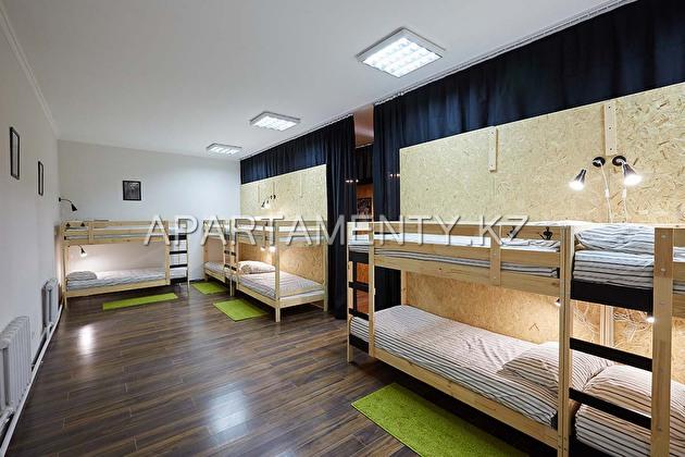Койко места в мужской спальной комнате