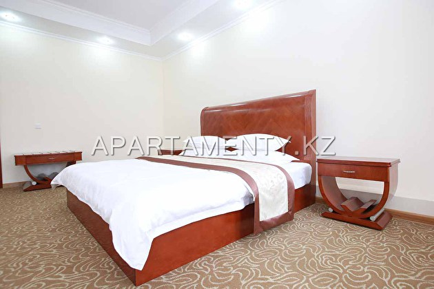 De suite with a large bed (King size) with balcony