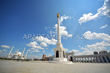 Independence square, Hazret Sultan mosque, Astana