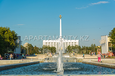 Fountain in Karaganda, Government