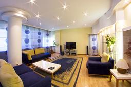 4-комнатные апартаменты, ул. Достык д. 4