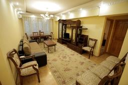 Шикарная квартира на сутки в сердце Алматы