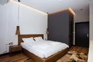 Отель Eleven   Двухместный DELUXE с двуспальной кроватью KING-SIZE   Алматы